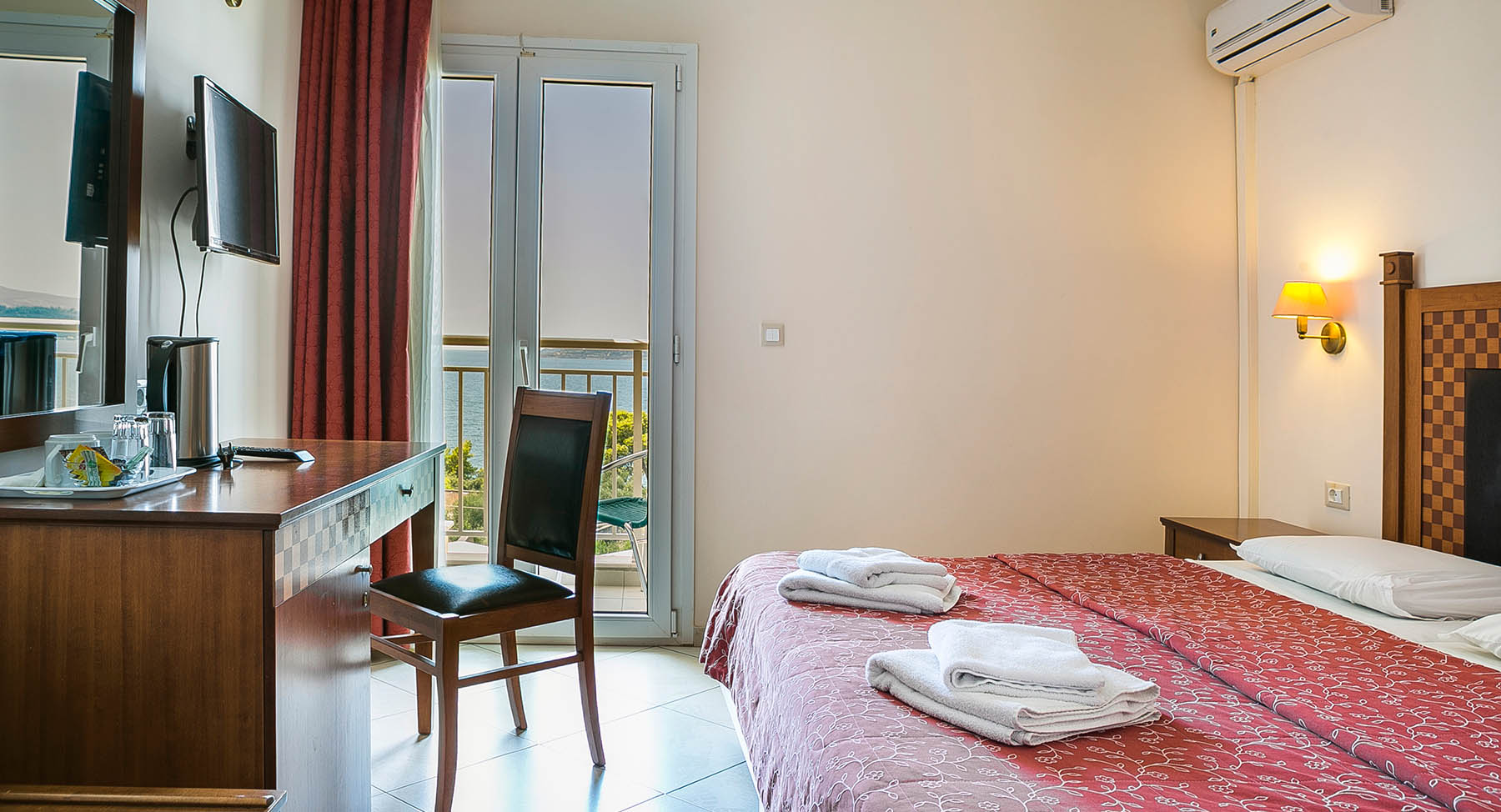 LassiHotel DoubleBed Sea View (6)