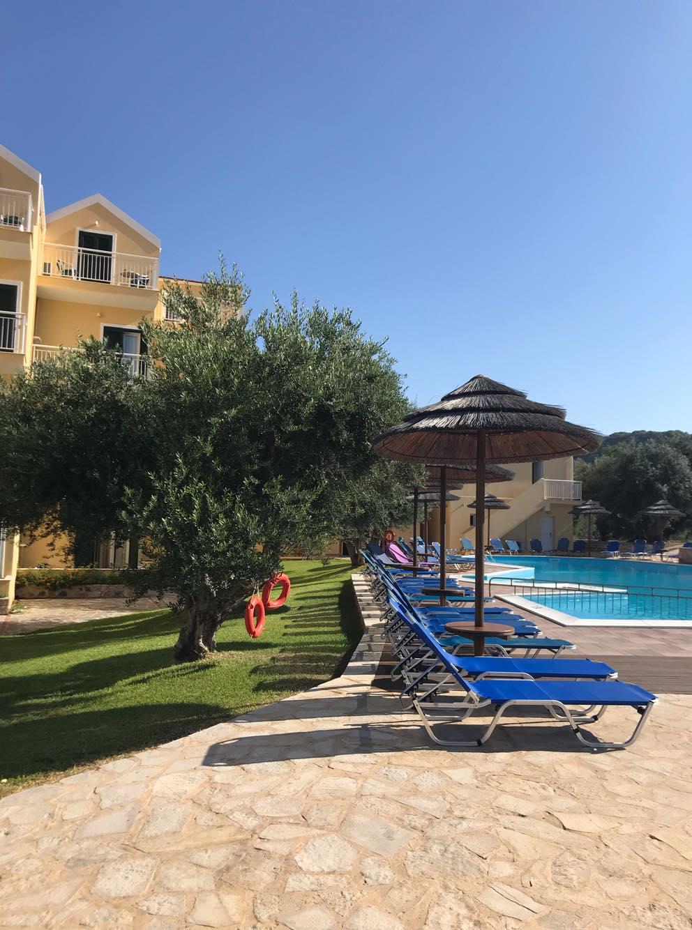 Lassi Hote Pool Area (5)