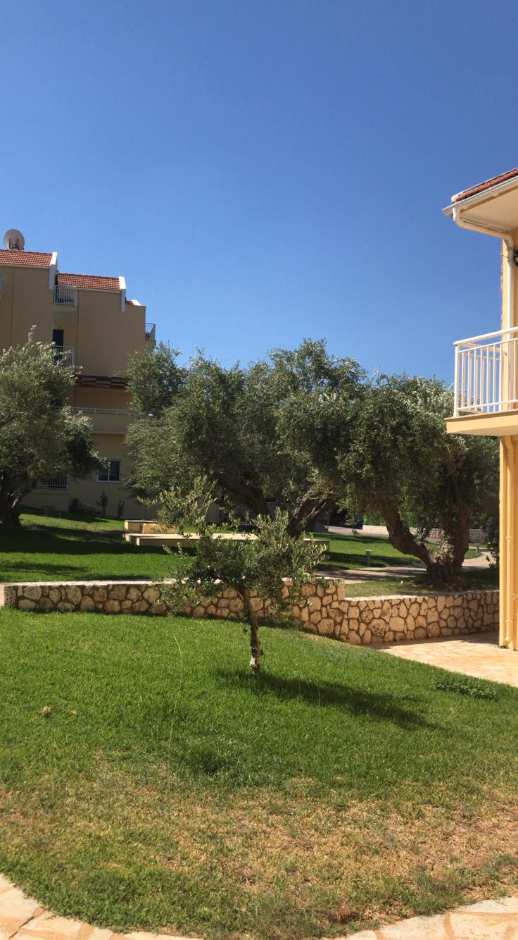 Lassi Hotel Garden Area (1)