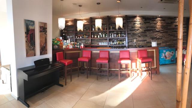 LassiHotel Bar (1)