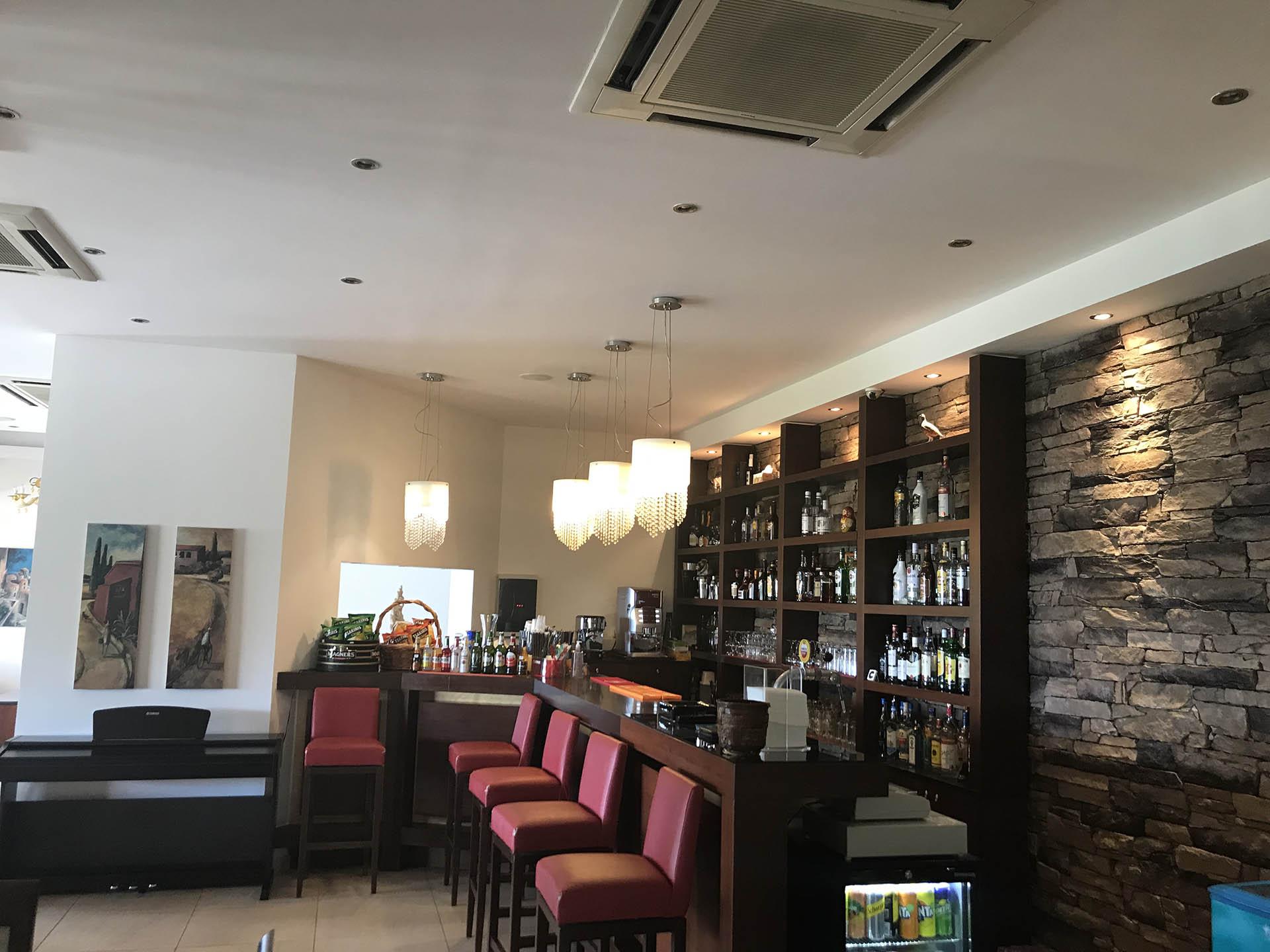 LassiHotel Bar (2)